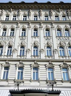 MGallery Hotel Nemzeti Budapest - MGallery Collection: charmantes Hotel in… Budapest, Central Europe, Hungary, How To Memorize Things, Building, Summer, Travel, Collection, Design