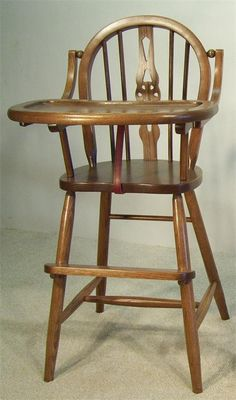 This Amish baby furniture Windsor Oak high chair is fine Amish craftsmanship USA… Amish Furniture, Baby Furniture, Antique Furniture, Painted Furniture, Wood High Chairs, Cute Desk Chair, Toddler Chair, Furniture Collection, Wood Species