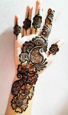 Very Simple Mehndi Designs, Mehndi Designs Front Hand, Latest Arabic Mehndi Designs, Henna Tattoo Designs Simple, Mehndi Designs For Girls, Mehndi Designs For Beginners, Mehndi Design Photos, Mehndi Simple, Mehndi Designs For Fingers
