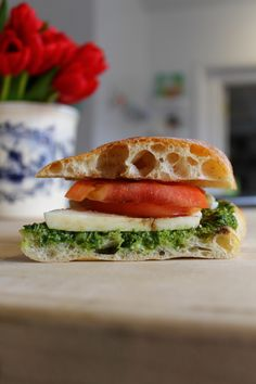Caprese with #mozzarella, basil #pesto, and #tomato. #yum #sandwich #broodje
