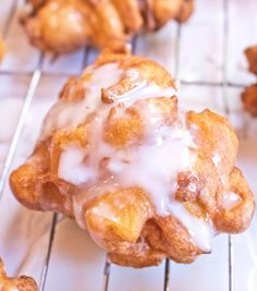 These Easy Homemade Apple Fritters are packed full of fresh apples, simple to make, and can be ready in just 30 minutes! These Easy Homemade Apple Fritters are packed full of fresh apples, simple to make, and can be ready in just 30 minutes! Apple Fritter Recipes, Apple Recipes, Baking Recipes, Snack Recipes, Dessert Recipes, Easy Apple Fritters Recipe, Curry Recipes, Smoothie Recipes, Cake Recipes