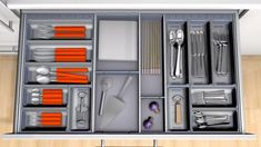 ORGA-LINE for cutlery (cabinet width 900 mm).This virtual video demonstrates ORGA-LINE for cutlery in a drawer. It demonstrates the adjustable cross dividers as well as how individual containers can be removed. (DYNAMIC SPACE, Non-consumables zone, TANDEMBOX plus)(1.51 MB)