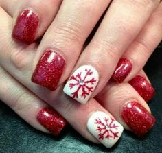Ree glitter snow flake nail art