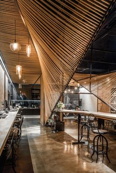 Image 7 of 15 from gallery of Rope Wave Office / ten-arch + Usual Studio. Courtesy of Usual Studio + ten-arch Office Space Design, Office Interior Design, Office Interiors, Office Spaces, Cafe Interiors, Loft Office, Japanese Interior Design, Restaurant Interiors, Office Designs