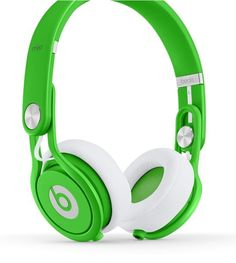 Beats by Dre Mixr Wired On-Ear Headphone, Pro-Grade DJ Headphones. What's In The Box: Beats Mixr on-ear headphone, coiled DJ audio cable. Beats By Dre, Dre Headphones, Over Ear Headphones, Studio Headphones, Cheap Beats, Beats Audio, Beats Pill, Neon Green, Tech Accessories
