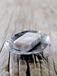 french soap and handmade soapdish from Bloomingville. Love the stylish look!   www.bloomingville.com
