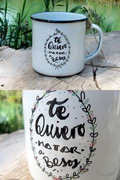 Modelo Te quiero MATAR a besos - RETROPOT #vintage #taza #mug #enamelmug #camping #camplife #retro #retropot #pot #peltre #coffee #tea #vintagemug #cup #deco #outdoor #tequiero #tequieromatarabesos
