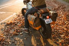 Moto-Mucci: GEAR: Pack Animal Motorcycle Saddle Bags