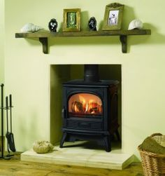 Dovre 280 Cast Iron Gas Stove, delivered direct to your door. Solid Fuel Stove, Cast Iron Stove, Traditional Fireplace, Open Fireplace, Kitchen Stove, Gas Fires, Room Planning, Gas Stove, Home Appliances