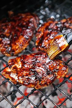 Balsamic BBQ Sauce Recipe - balsamic vinegar, ketchup, brown sugar, garlic, Worcestershire, Dijon mustard - make an amazing sauce with a hint of sweetness once reduced. Great on chicken or pork. We gobbled this up!!