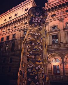 So cold in Prague, even the statues need sweaters! (By Eva Blahova) - Annie (@aklyon)