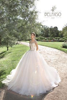 Валеджо Dream Dress, Formal Dresses, Wedding Dresses, Ball Gowns, Collection, Fashion, Dresses For Formal, Bride Dresses, Ballroom Gowns