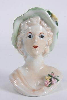 Queen Elizabeth II Queen Mother Porcelain Head Vase Lady With Hat & Flowers