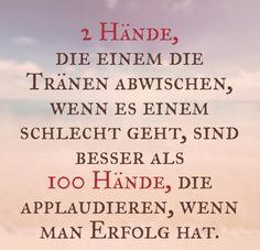 Zwei Hände, die einem die Tränen... Quote <3