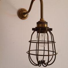 מנורת קיר IRON CHIC בראס | טליה - גופי תאורה & אקססוריז | מרמלדה מרקט