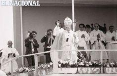 Papa Juan Pablo II, en su visita a Venezuela (Estado Mérida), 28-01-1985. (TOM GRILLO / ARCHIVO EL NACIONAL)