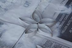 Muffin Tin Mom: Craft Coardboard Stars from a Toilet Paper Roll