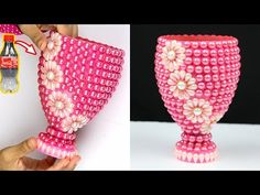 GONANISSIMA: How to make a plastic bottle flower vase for home decoration Plastic Vase, Plastic Bottle Flowers, Plastic Bottle Crafts, Plastic Bottles, Water Bottles, Flower Vase Making, Flower Vases, Bottle Painting, Bottle Art