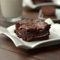 Brownie with Oreo - There should be no more perfect combination in the world than a brownie with Oreo - Brownie Recipe Video, Brownie Recipes, Chocolate Recipes, Cake Recipes, Chocolate Cake, Fun Baking Recipes, Sweet Recipes, Snack Recipes, Dessert Recipes