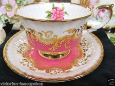 PARAGON TEA CUP AND SAUCER PINK AND FLORAL TEACUP GOLD GILT