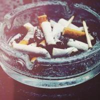 3 Astuces Efficaces pour Eliminer les Odeurs de Tabac dans la Maison.
