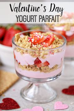 This strawberry yogurt parfait is so yummy and is a delicious snack or breakfast for kids and adults. They are also a perfect Valentine's Day treat! Valentine Desserts, Valentines Day Treats, Kids Valentines, Valentine Cooking With Kids, Valentines Baking, Valentines Recipes, Valentines Breakfast, Strawberry Parfait, Yogurt Parfait