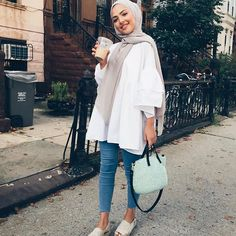 I just love Islamic Fashion so this is my Islamic range? Hijab Fashion Summer, Modern Hijab Fashion, Street Hijab Fashion, Hijab Fashion Inspiration, Islamic Fashion, Muslim Fashion, Abaya Fashion, Fashion Muslimah, Modest Fashion Hijab