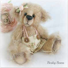 Instant Download PDF Pattern - Gracie - Artist Bear by Bosley Bears Gracie is a real little cutie with a whole lot of old world charm. This listing is for a Gracie Bear PDF pattern that you will be able to download intstantly once you have been through the checkout. Pattern includes
