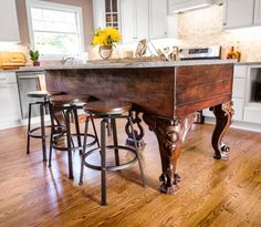 From an 1834 square grand piano to dramatic kitchen island: See how Gary and Karen Thompson of Fort Thomas, Kentucky made it happen.