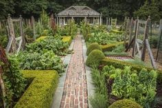 The Art of a French Vegetable Garden #vegetablegardeningideas