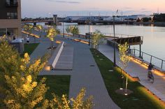 Project Title: The CityDeck Location: Green Bay, Wisconsin, USA Stoss Landscape Urbanism  http://landscapeurbanism.com/strategy/city-deck/