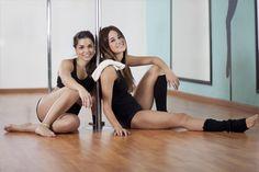 Divertente, allegra e a tratti acrobatica. Ecco come sentirsi in forma unendo esercizi di discipline diverse.   Scopri i nostri #consigli: http://www.dimmidisi.it/it/dimmicomefai/stare_in_forma/article/pole_dance_tra_ginnastica_e_danza.htm - #dimmidisi #benessere #salute #fitness #danza #ginnastica #dance