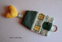 TresP craft blog: FUNDA LIBRETA Y CASITA LLAVERO