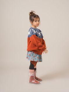 AW 2017 Dear World by Bobo Choses. Knit sweatshirt AW 2017 Dear World by Bobo Choses. Fashion Kids, Kids Winter Fashion, Winter Kids, Little Girl Fashion, Fashion Dolls, Latest Fashion, Womens Fashion, Fashion Trends, Style Baby
