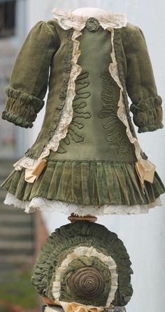 Exquisite antique velvet doll dress and bonnet, bronze-green, French bebe 23-24"
