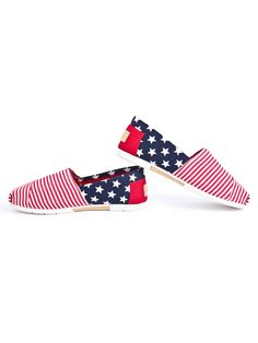 Red Striped Contrast Blue Stars Print Canvas Flats US$43.00