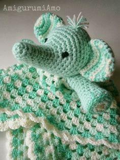 AmigurumiAmo: Copertina granny con amigurumi, granny blanket with amigurumi elephant