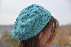 Basco celeste - Basco all'uncinetto molto fresco in un color azzurro chiaro