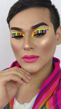 Mexican Makeup, Mexican Independence Day, Makeup Looks, Eye Makeup, Latest Trends, Sunglasses Women, Make Up, Group, Celebrities