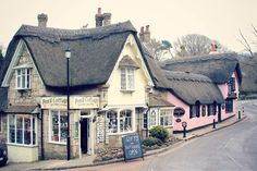 Pencil Cottage and The Old Thatch Tea Room, Shanklin, Isle of Wight UK Places Around The World, Around The Worlds, Zoella Beauty, Cottages And Bungalows, Isle Of Wight, Adventure Awaits, Architecture Details, Beautiful Places, Amazing Places