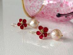 Peridot & Kasumi Like Pearl  Enamel Flower by LoveYourThreads, $78.00