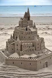 build a cool sand castle