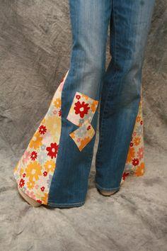 Custom hippie patch bell bottom disco jeans GROOVY all sizes . Hippie Hose, Hippie Jeans, Diy Jeans, Bell Bottom Pants, Bell Bottoms, 70s Fashion, Trendy Fashion, Hippie Fashion, Trendy Style