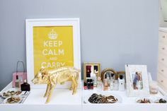 """reminder that I need the """"Keep Calm and Carry On"""" sign (from the Decorista tumblr)"""