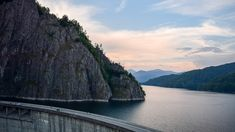 Along the Transfagarasan, 40 km from Curtea de Arges, between the slopes of Pleasa and Vidraru, there is Lake and Vidraru Dam. Flood Prevention, Hydroelectric Power, Lake Photos, Bungee Jumping, Places In Europe, Travel Photos, Tourism, Photo Galleries, Universe