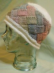 Ravelry: autrainlover's Entrelac Hat Knitting Paterns, Knit Patterns, Knitting Projects, Hand Knitting, Knit Crochet, Crochet Hats, Diy Hat, Knitting Accessories, Yarn Crafts