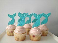 Mermaid cupcakes, those look like cookies on top too!