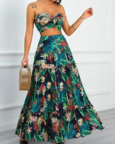 Tropical Print Crop Top & Maxi Skirt Set Shop- Women's Best Online Shopping - Offering Huge Discounts on Dresses, Lingerie , Jumpsuits , Swimwear, Tops and More. Maxi Skirt Crop Top, Maxi Skirts, Backless Maxi Dresses, Summer Skirts, Trend Fashion, Womens Fashion, Hippie Chic Fashion, Fashion Black, Fashion Fashion
