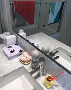 Cute characters in hong kong hello kitty kuromi Bathroom in chinese characters