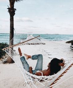 Beach Vibes - Fushion News The Beach, Beach Bum, Hammock Beach, Hammocks, Photo Voyage, Summer Goals, Style Summer, Surfer Girls, Summer Aesthetic